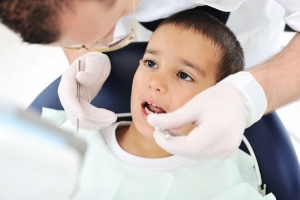 Child-Dental-Exam